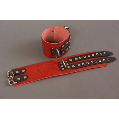 Широкие красно-черные наручники без подкладки